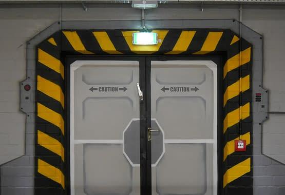 Eishalle-Raumschifftür