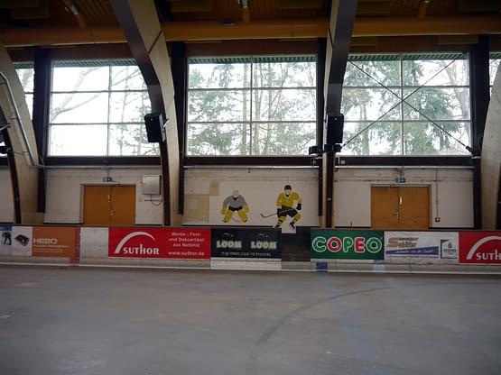 Eishalle-vorher-innen